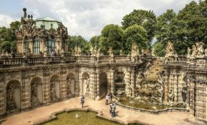 Dresden - Nymphenbad by pingallery