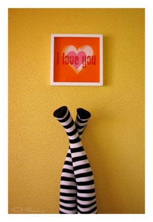 Love and Stripes by Who Is Chill - Renkli �orapl� Avatarlar