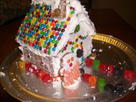 Gingerbread House by KingdomEvil