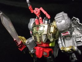 Grimlock just made monkeys even cooler by forever-at-peace
