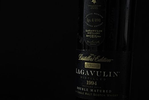 Lagavulin Whiskey by theKovah