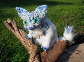 Posable Ice Fox Goddess by MaryBunnie