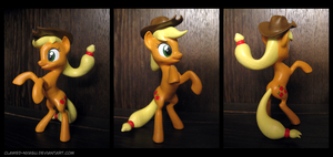 Applejack 3D Printed Figure by Clawed-Nyasu