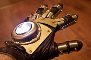 Steampunk Glove by Hellessen