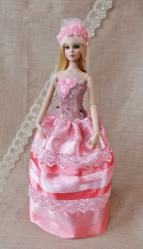 With tints of rosy handmade outfit for Tonner doll by Bussardelka