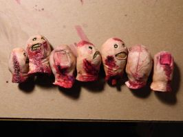 Zombie Toes all lined up by Parabolastar