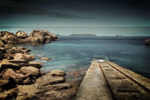 Follow the pier by ChristineAmat