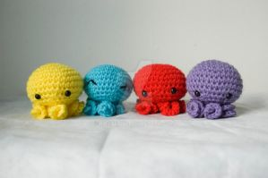 octopi group amigurumi by pirateluv