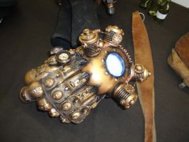 japan expo 2012 steampunk gauntlet by Major-Owen