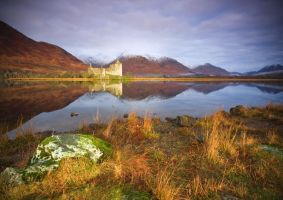 Kilchurn Castle - loch Awe V2 by DL-Photography