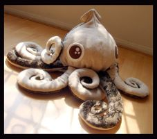 Big Eyes Squid Plush 1 j by TheCurseofRainbow
