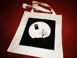 TARDIS and the Moon tote bag by Pia-CZ