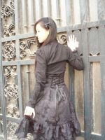 Gothic Lolita Narcissique 2 by angelcurioso