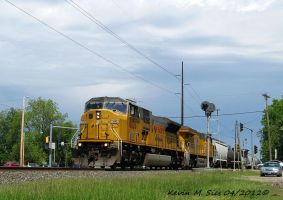 UP 8026 and UP 7521 lead CSXT Q686 24 scenic by EternalFlame1891