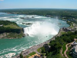 Niagara Falls by tomegatherion