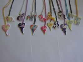 Pony Pendents by FangtheFluffy
