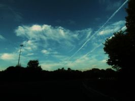 Tracks in the Sky by ohhmanitsmissy