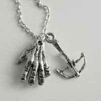 Daryl and Merle Dixon Necklace by MonstersPins