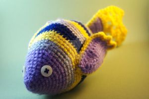 Crochet exotic fish by coco-flower