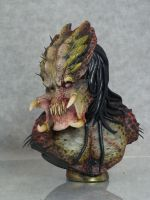 Scarred Pred bust by mangrasshopper
