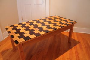 Optical Illusion Coffee Table by tomtortoise