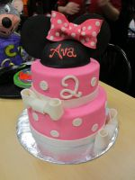 Minnie Mouse Cake by Keep-It-Sweet