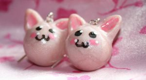 Sparkly pink kitty earrings by Pinkatron2000