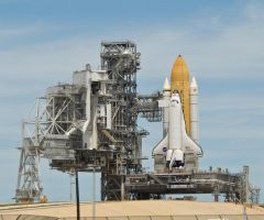Endeavour on Launch Pad 39-B by hansepe