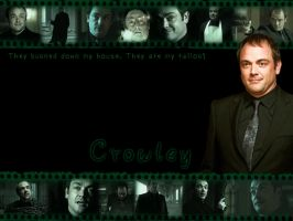 Crowley Wallpaper by angiezinha