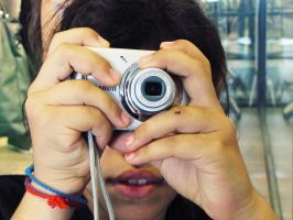 Camera-face 2 by elooly