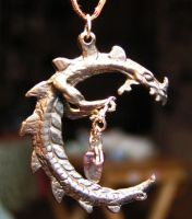 Dragon Theif Pendant by Izile