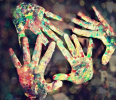 hands by Iliana239