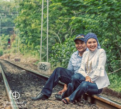Siti and Andri by msendy