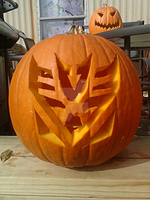 Decepticon Pumpkin Carving by TFgirlSam