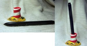 Beach Pen Stand for Sale by La-Chocolat