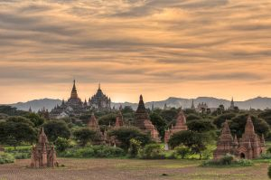 Bagan Quatro by SantiBilly