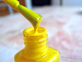 Yellow nail polish by the-moonlit-dmon