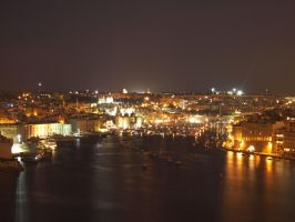 Vittoriosa by night by LadyFromNightmare