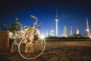Bike in Berlin by sican