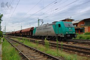 185 608-7 with a freight train in Gyor by morpheus880223