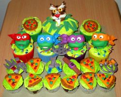 Teenage Muntant Ninja Turtles Cupcakes by ToughSpirit