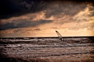 Seaburn Wind Surfer by mant01