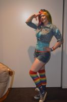 Rainbow Dash by Rhiannon-Astraea