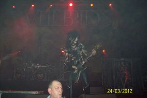 jinxx BVB live by brickedupwindow
