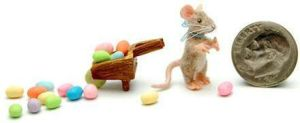FURRED MOUSE ' EASTER ' by WEE-OOAK-MINIATURES