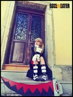 Having a rest... - Maka Albarn cosplay by onlycyn