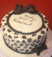 Silver Leopard Print Cake by simplysweets