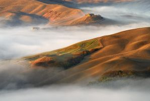 Mist and sunshine greeted the fields of Tuscany II by JPawlak