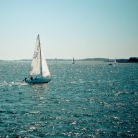 Boston harbor by andyietok