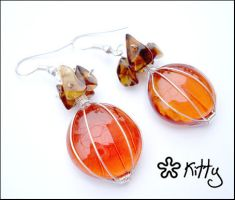 _Brown orange earrings by kitica